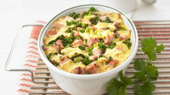 Rezept: Kartoffelgratin mit Grünkohl und Schinken