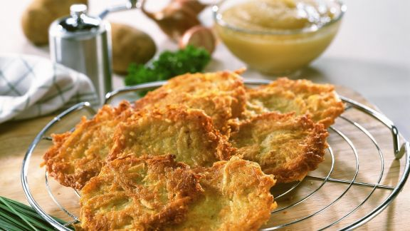 Rezept: Kartoffelpuffer mit Apfelmus