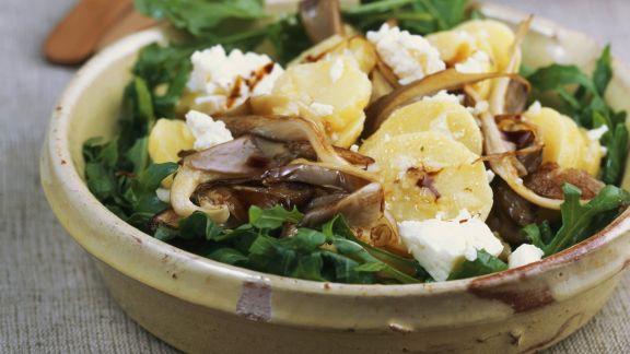 Rezept: Kartoffelsalat mit Austernpilzen und Rauke