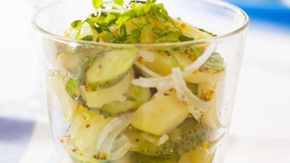 Rezept: Kartoffelsalat mit Gewürzgurken