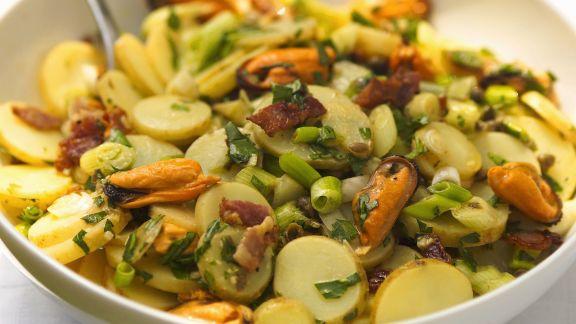 Rezept: Kartoffelsalat mit Muscheln