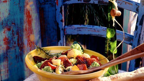 Kartoffelsalat mit Romanesco