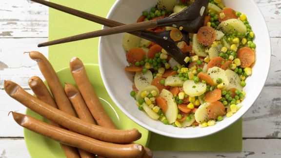 Rezept: Kartoffelsalat mit Würstchen