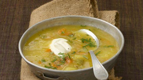 Rezept: Kartoffelsuppe mit pochiertem Ei