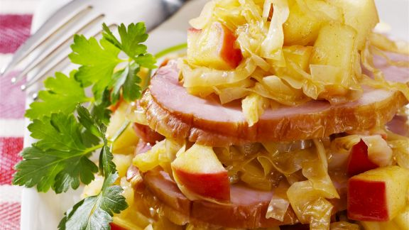 Rezept: Kassler mit Apfel-Sauerkraut