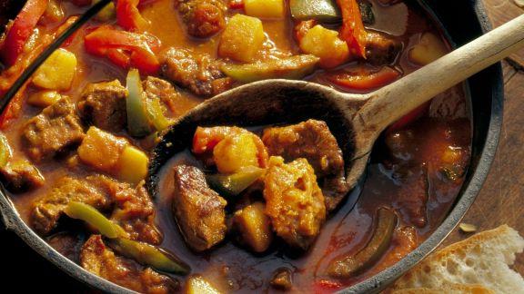 Rezept: Kesselfleisch vom Rind auf ungarische Art