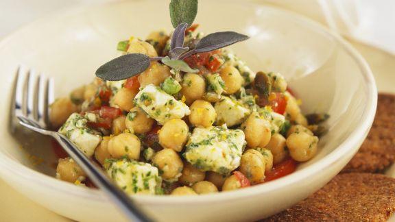 Rezept: Kichererbsen-Feta-Salat