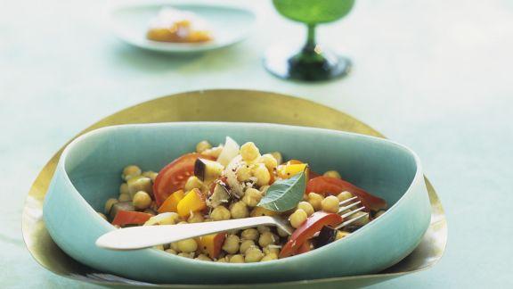 Rezept: Kichererbsen-Kürbis-Curry mit Tomaten