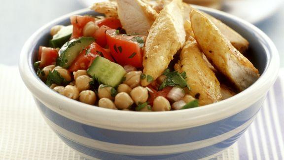 Rezept: Kichererbsensalat mit Hähnchenfilet