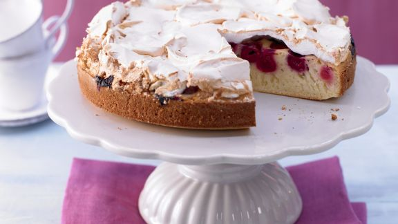 Rezept: Kirsch-Baiser-Torte