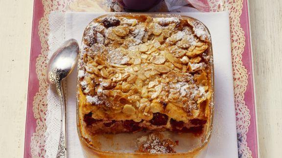 Rezept: Kirschgratin mit Mandelkruste