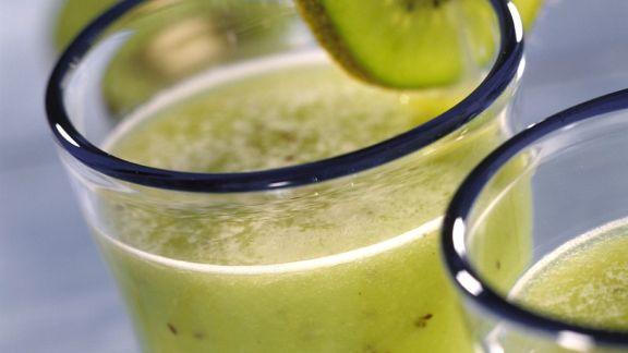kiwi apfel smoothie rezept eat smarter. Black Bedroom Furniture Sets. Home Design Ideas