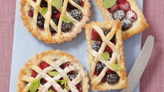 Rezept: Kleine Beerenkuchen