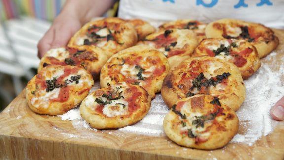 Rezept: Kleine Pizzen