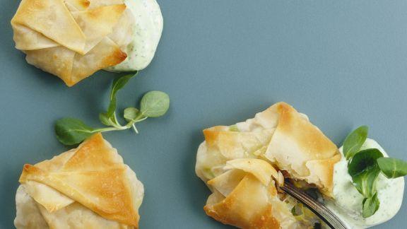 Rezept: Kleine Strudel mit Kalb dazu Rapunzelsoße