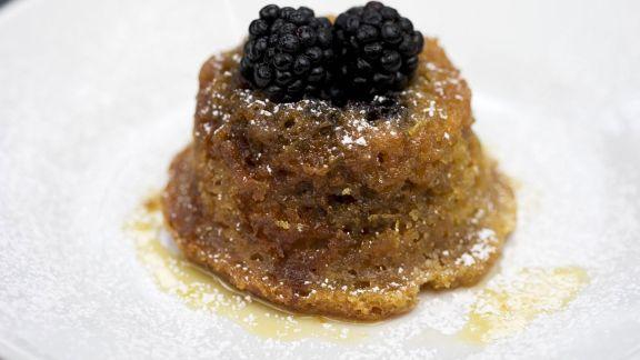 Rezept: Kleiner Brombeer-Ingwer-Kuchen