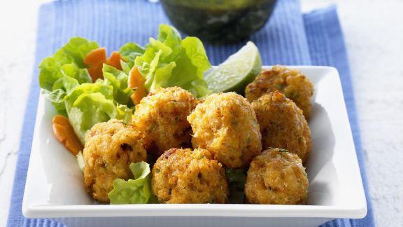 Rezept: Knusprige Shrimpsbällchen mit Chilisoße