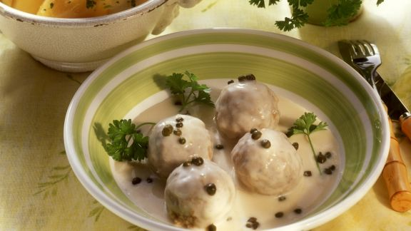 Rezept: Königerberger Klopse mit Kartoffeln