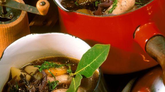 Rezept: Kohlsuppe mit Würstchen