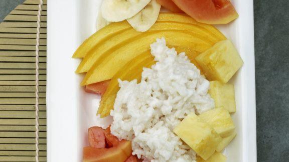 Rezept: Kokos-Milchreis mit exotischen Früchten