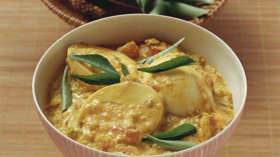 Rezept: Kokoscurry mit Eiern
