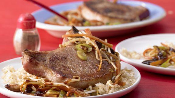 Rezept: Kotelett mit Chinagemüse