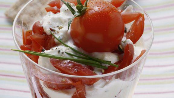 Rezept: Kräuterquark mit Tomaten