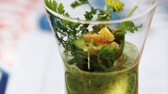Rezept: Kräutersuppe mit Croutons
