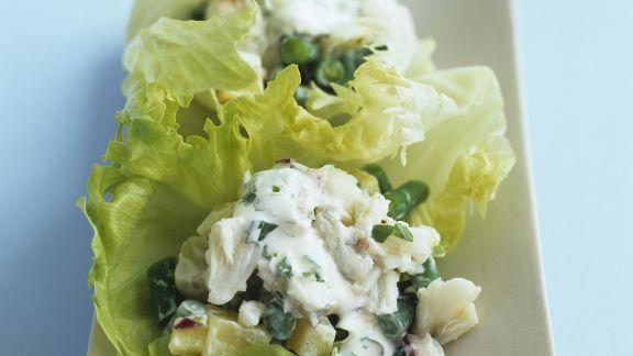 Rezept: Krebsfleisch-Kartoffel-Salat mit Sauerrahm-Dressing