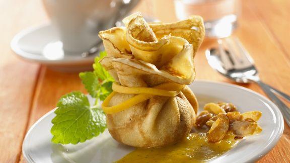 Rezept: Kürbis-Crêpe mit Mandel-Kürbis-Füllung