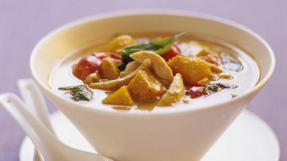 Rezept: Kürbis-Hühnchen-Suppe auf Thai-Art