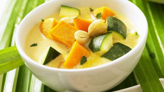 Rezept: Kürbis-Zucchini-Suppe nach vietnamesischer Art