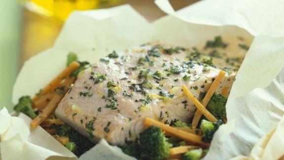 Rezept: Lachs mit Gemüse en papilotte