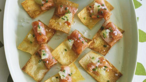 Rezept: Lachs mit Kartoffelchips dazu Zitronendip