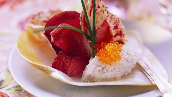 Rezept: Lachsmousse mit Radicchiosalat