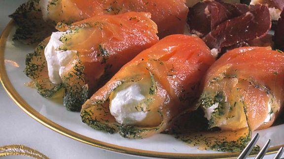 Rezept: Lachsröllchen mit Frischkäse