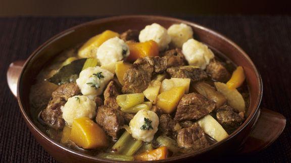 Rezept: Lamm-Gemüse-Topf mit Klößchen