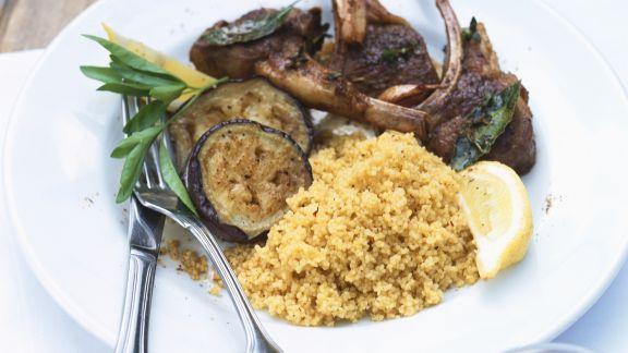 Rezept: Lammchops mit Auberginen und Couscous