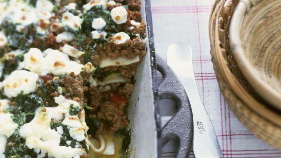 Rezept: Lasagne mit Lammhack, Zucchini, Minze und Schafskäse