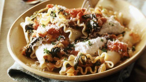 Rezept: Lasagnette mit Ricotta, Tomaten und Spinat
