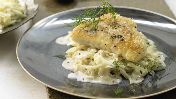 Rezept: Lengfisch auf Kümmel-Spitzkohl