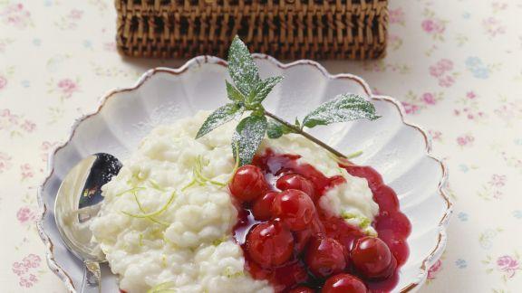 Rezept: Limettenmilchreis mit Kirschkompott