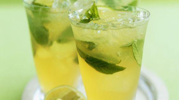 Rezept: Limettenpunsch mit grünem Tee