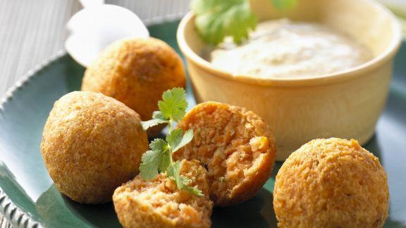 Rezept: Linsenbällchen mit Chutney aus Kokos