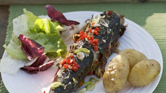 Rezept: Makrele vom Grill mit Pellkartoffeln