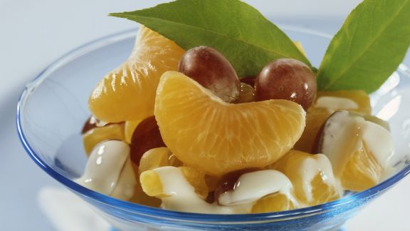 Rezept: Mandarinen und Trauben mit Quarksoße