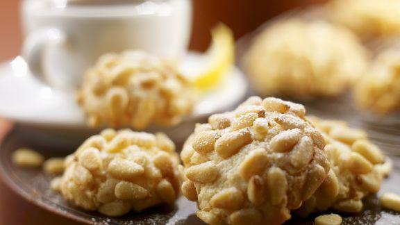 Rezept: Mandel-Pinienkern-Kekse