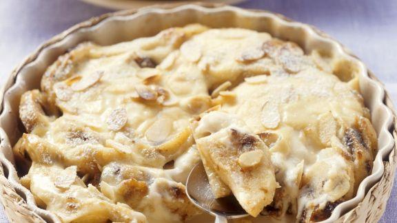 Rezept: Mandelnocken-Auflauf mit Marzipan