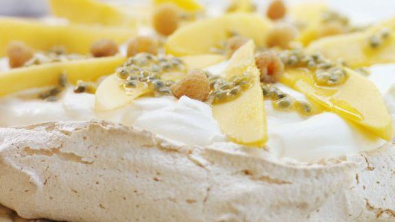 Rezept: Mango-Pavlova mit Maracuja