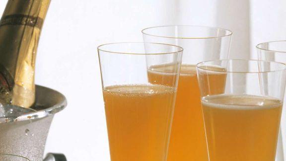 Rezept: Maracuja-Champagner-Drink
